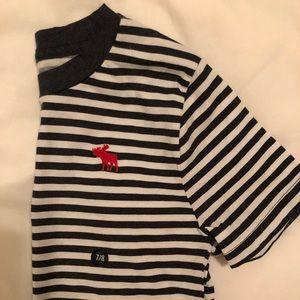 BNWT boys Abercrombie short sleeve shirt size 7/8